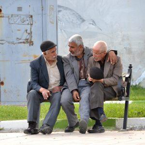 anziani a kermanshah in iran