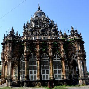 il mausoleo mahabat maqbara a junagadh in gujarat