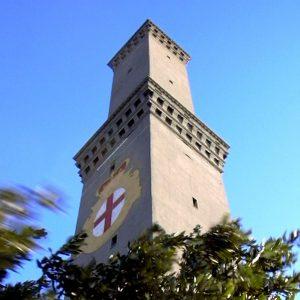 la lanterna è il simbolo della città di genova