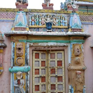 piccolo tempio indu nel villaggio di nirona