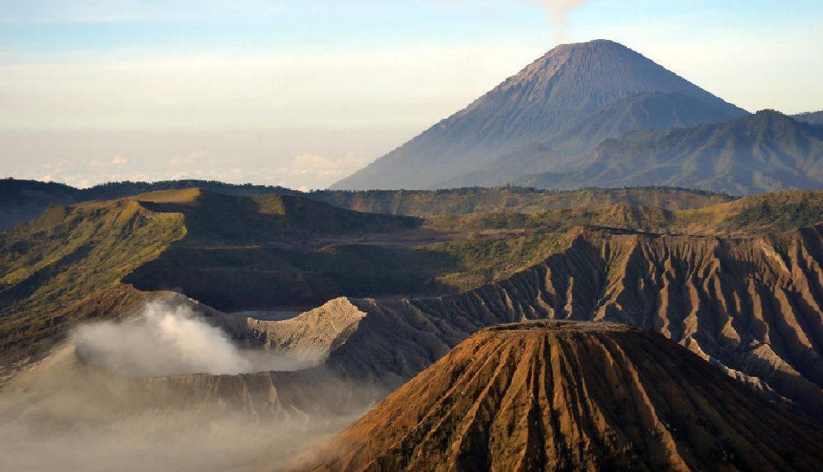 il vulcano bromo a giava