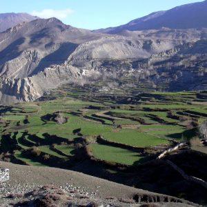 paesaggio tra jarkot e muktinath in annapurna in nepal
