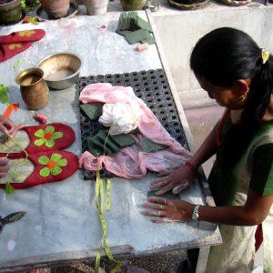 produzione artigianale di articoli in lana cotta