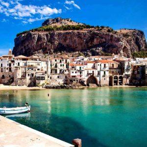 scorcio di Cefalù in sicilia occidentale